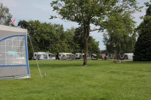 Camping De Zandberg 14