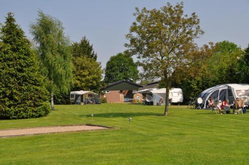 Camping De Zandberg 6